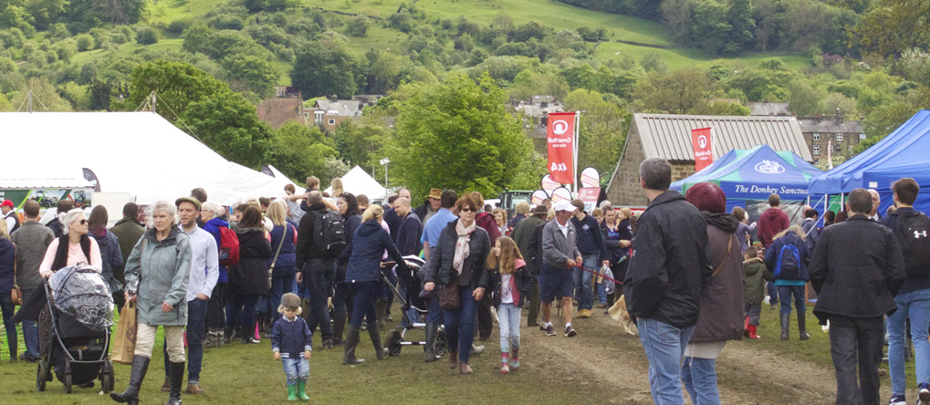 Crowd gathered at the Otley Show 2016